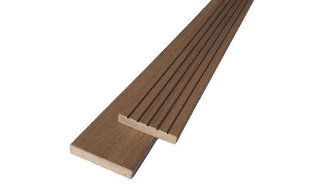Woodgrain WPC oldaltakaró